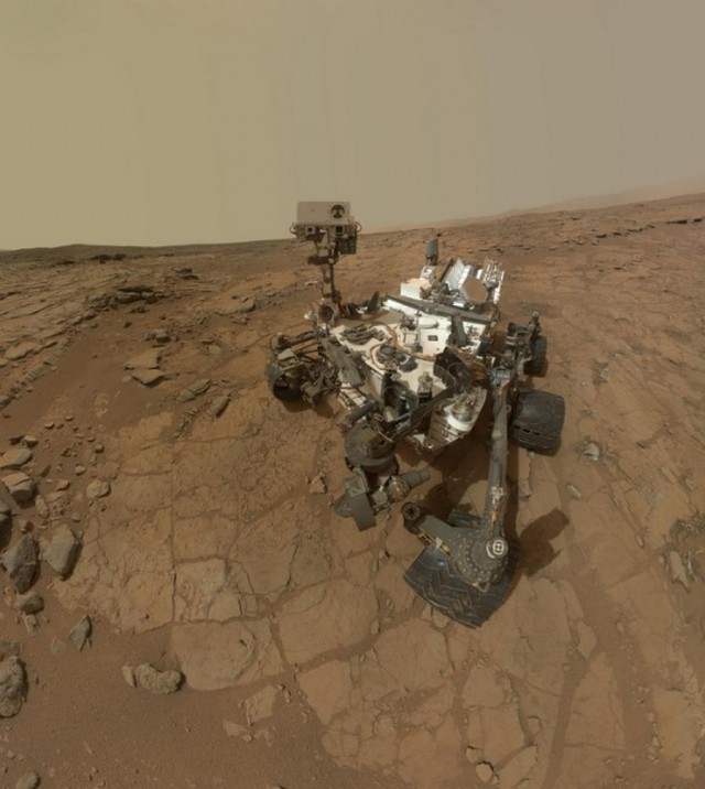 Who took this photo of Curiosity Rover on Mars
