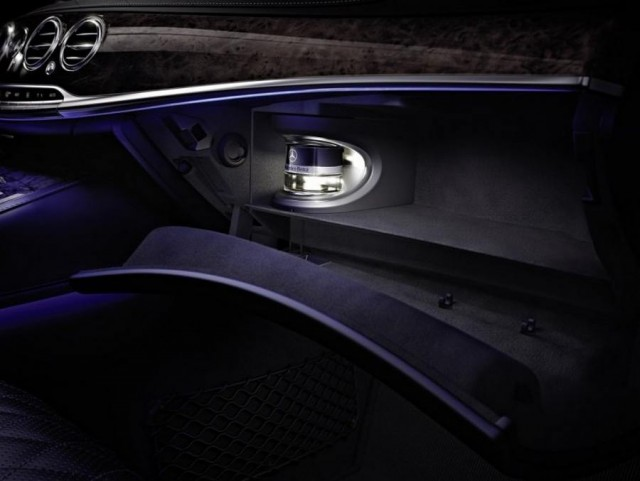 2014 Mercedes-Benz S-Class Interior unveiled (5)