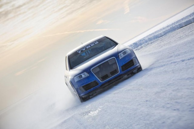 Audi RS6 at 208 mph... on ice (5)
