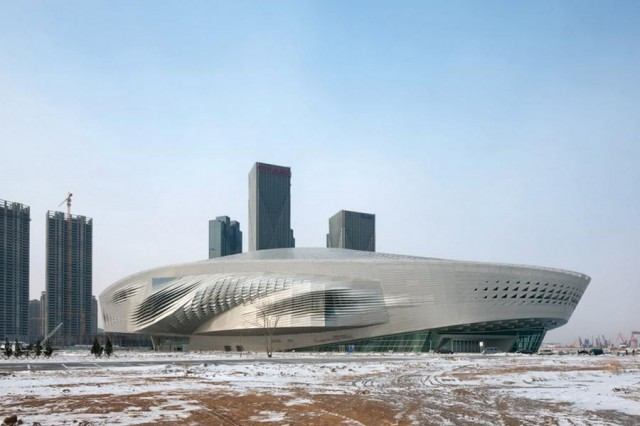 Dalian International Conference Center by CoopHimmelb(l)au (11)