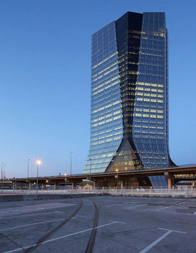 CMA CGM Headquarters Tower by Zaha Hadid Architects (5)