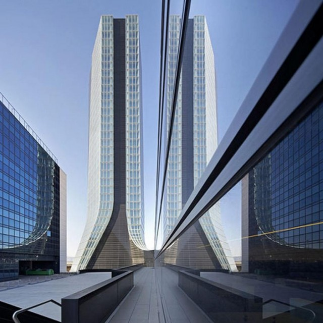 CMA CGM Headquarters Tower by Zaha Hadid Architects (4)
