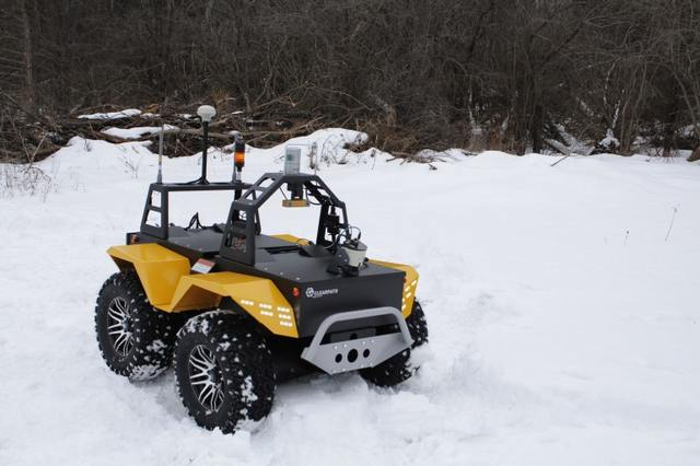 Grizzly Robot Utility All-Electric Vehicle (5)