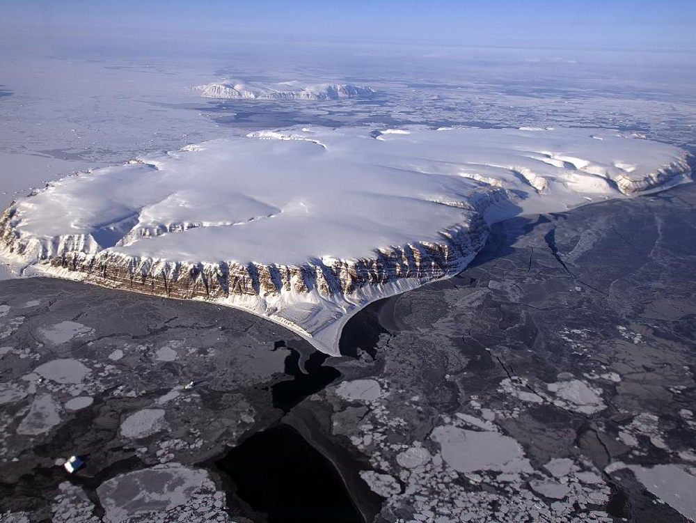 IceBridge flight over Saunders Island and Wolstenholme Fjord