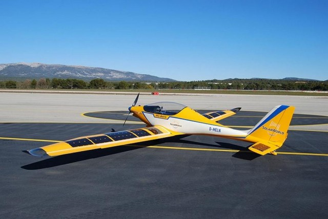 Solar-Powered Airplanes by SolarWorld and PC-AERO (1)