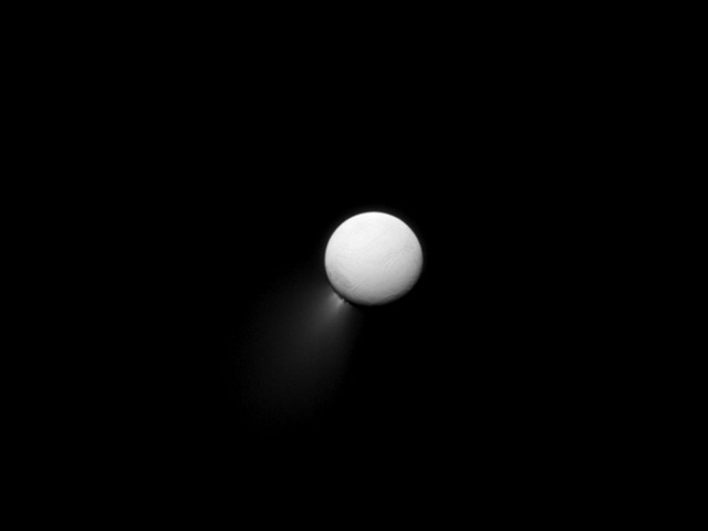 Enceladus beautiful plumage