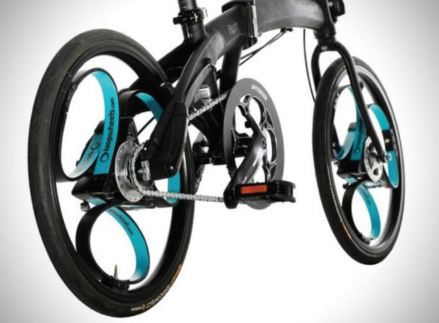 Loopwheel- bicycle wheel with integral suspension