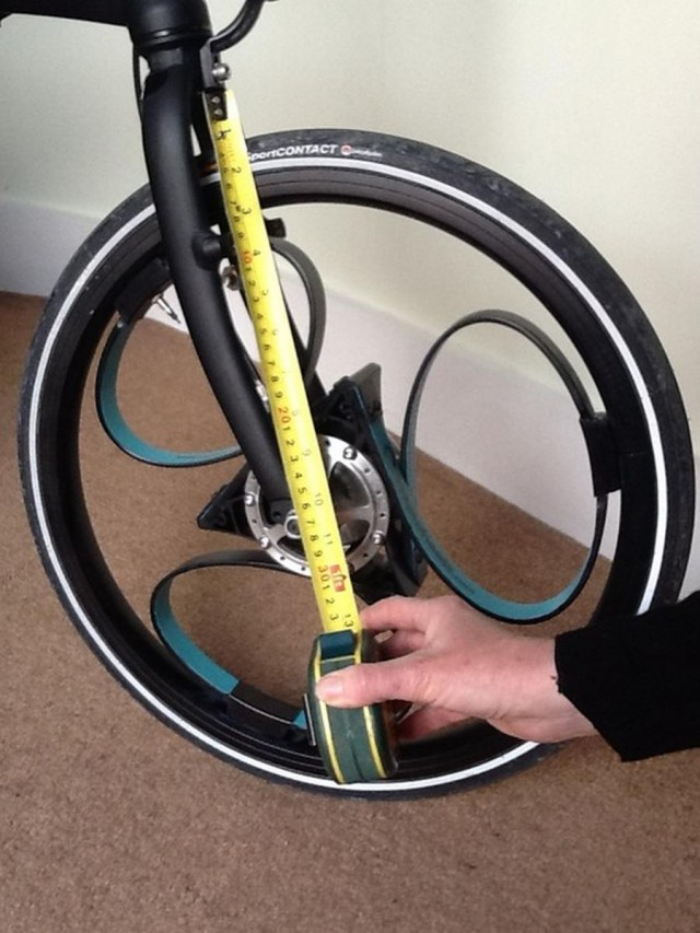 Loopwheel- bicycle wheel with integral suspension (4)