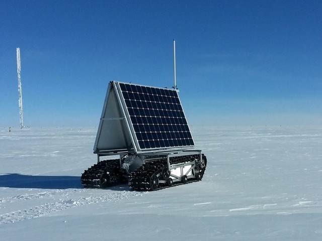 NASA's Grover debuts on Greenland's Ice Sheet