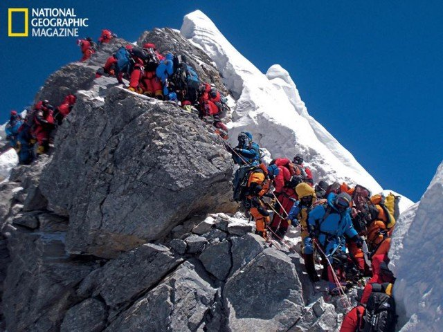 Everest - Traffic chokes the Hillary Step