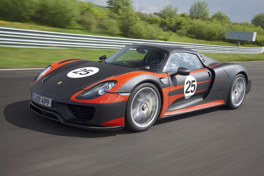 wordlesstech porsche 918 spyder in production form. Black Bedroom Furniture Sets. Home Design Ideas