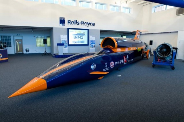 Rolls-Royce backs Bloodhound (5)