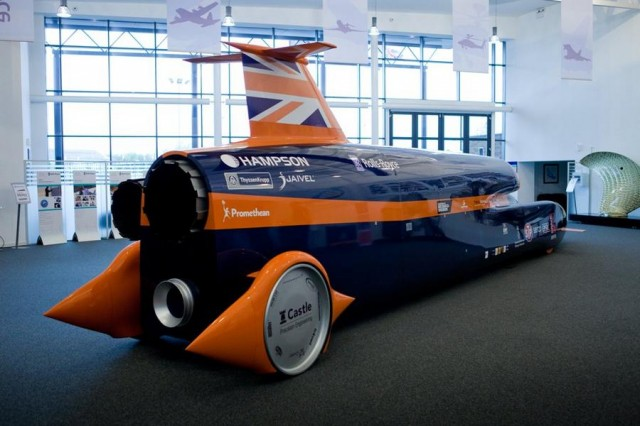 Rolls-Royce backs Bloodhound (4)