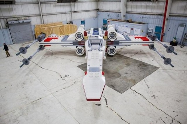 World's Largest Lego Model X-Wing