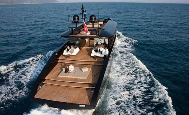 H2ome Luxury Yacht (6)