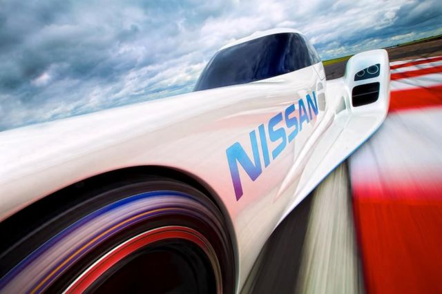 Nissan ZEOD RC world's fastest electric race car (10)