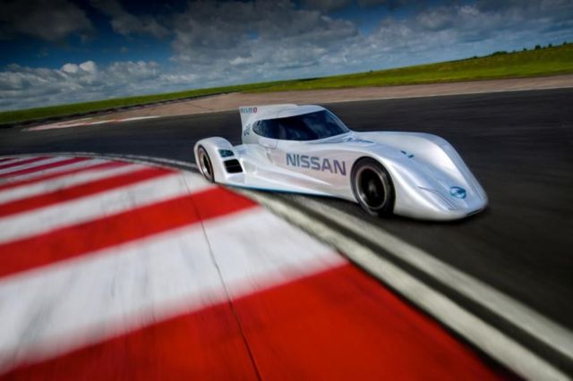 Nissan ZEOD RC world's fastest electric race car (7)