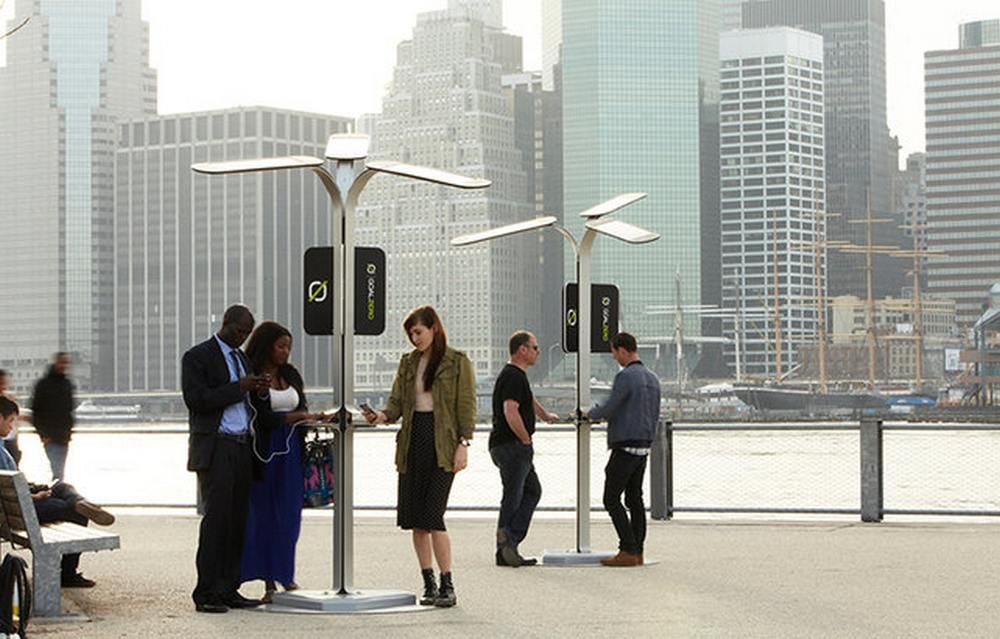Solar-Powered Street Charging Stations by AT&T (6)