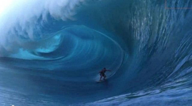 Surfing the Heaviest Wave in the World 1
