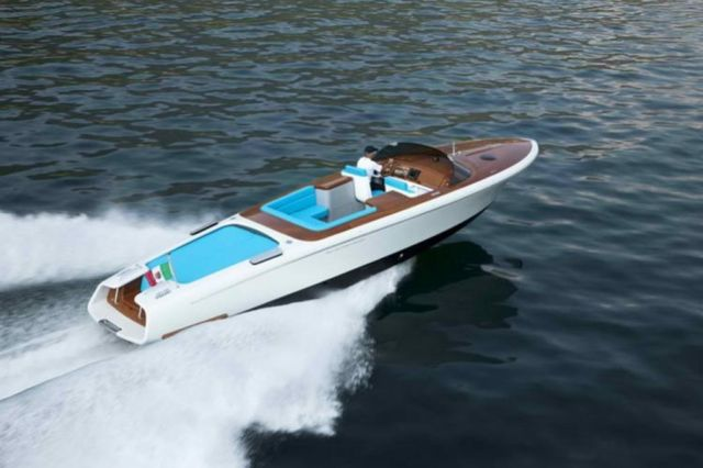 Retro Riva Speed Boat by Marc Newson (5)