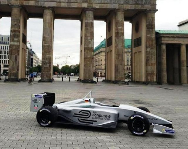Top F1 teams will compete in Formula E on 2014 (3)