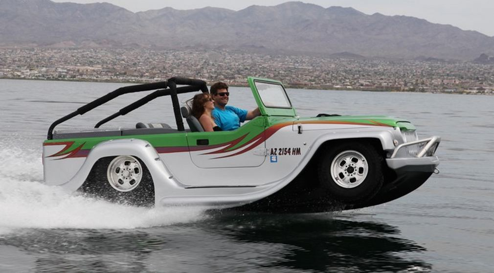 WaterCar Panther- Fastest Amphibious Car (6)