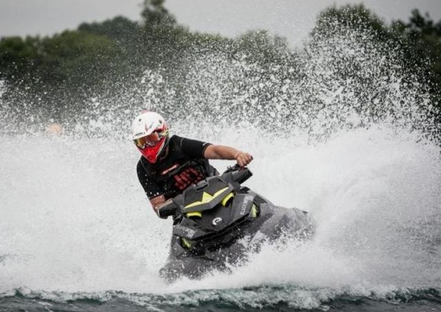 World's fastest Jet Ski (4)