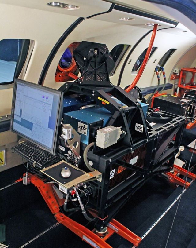 Safety system detects air turbulence in advance