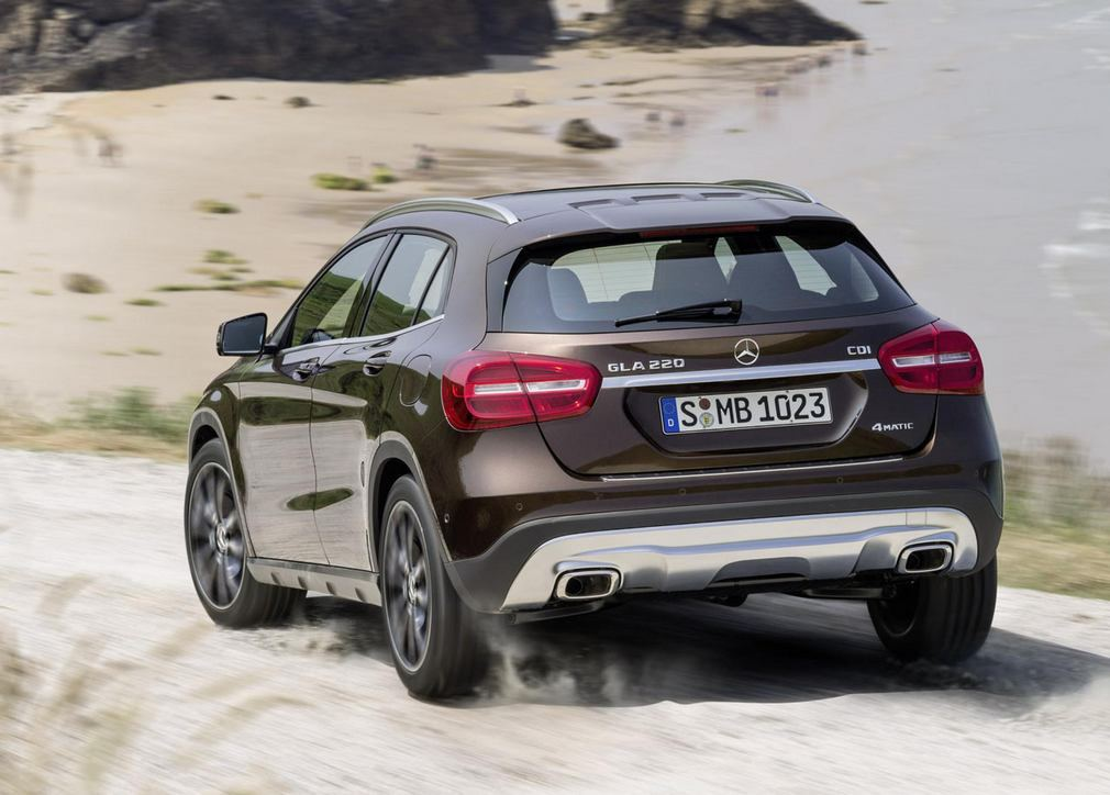 Wordlesstech the new mercedes benz gla for The latest mercedes benz