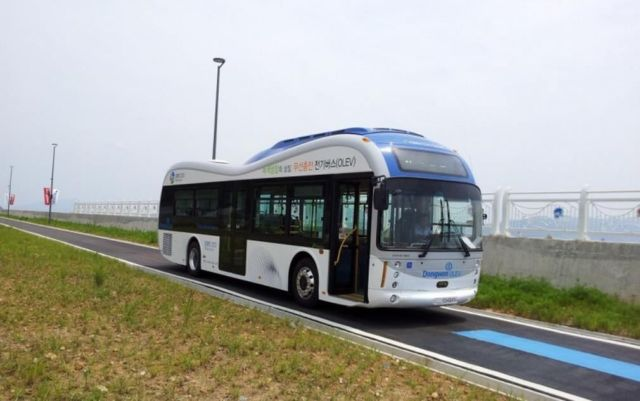 World's First Wireless Electric Bus 2
