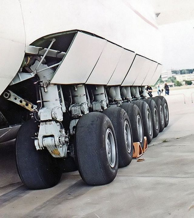 World's largest aircraft (2)
