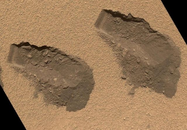 Curiosity finds Water on Mars