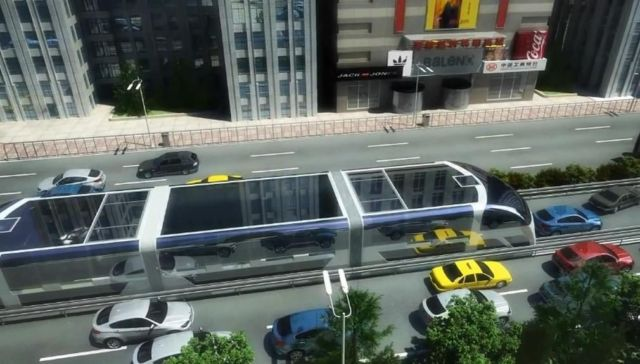 Giant Straddling Bus could be coming soon (6)