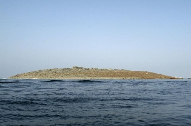 Pakistan earthquake creates new island (2)