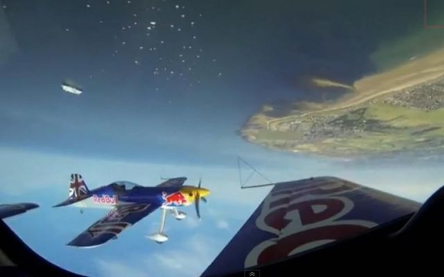 Red Bull Matadors gravity defying aerobatic stunts (2)