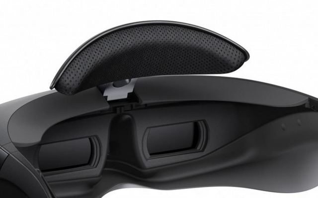 Sony's head-mounted video viewer to hit Europe soon (4)