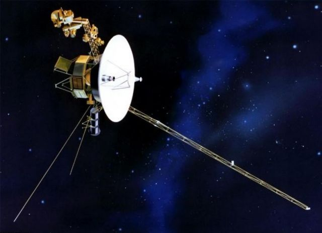 Voyager 1 goes Interstellar 1