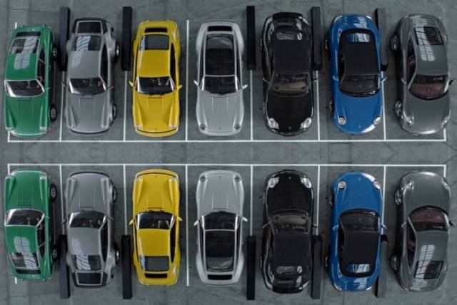 A symphony with 7 generations of Porsche 911