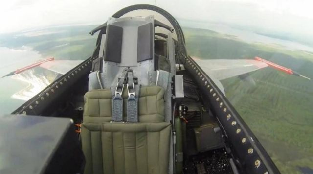 Boeing F-16 makes its first unmanned flight  1