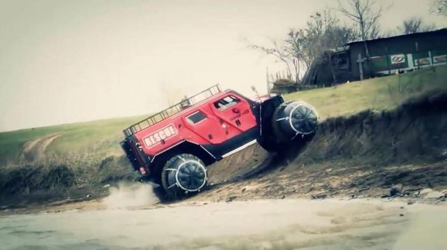 Ghe-O Motors off-road fire and rescue truck (2)