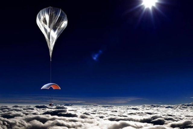 Giant Balloon will take Space Tourists 19 miles above Earth (1)