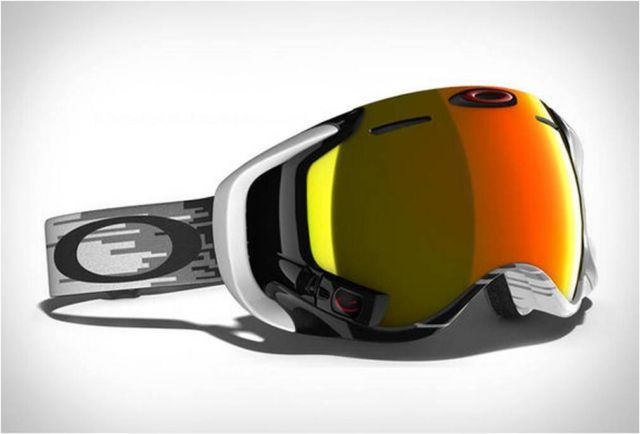Oakley Airwave goggle with heads-up display (2)