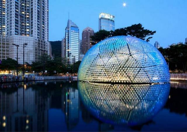 Rising Moon pavilion made from recycled bottles (4)