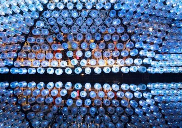Rising Moon pavilion made from recycled bottles (1)