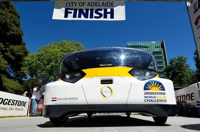 The Family Solar-powered car wins race across Australia (6)