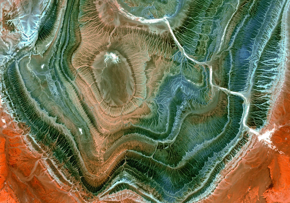 Hoggar Mountains from space (1)