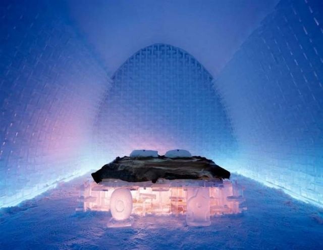 Ice Hotel forced to install Fire Alarms (3)