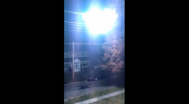 Powerline Fireball in Montreal