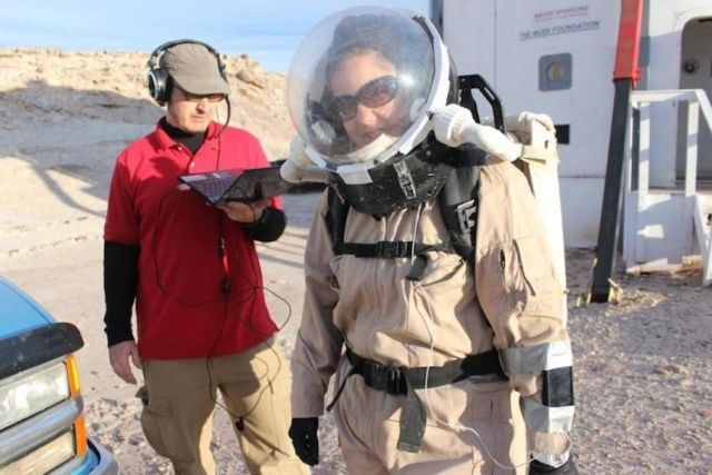 Testing Spacesuits for Mars (1)