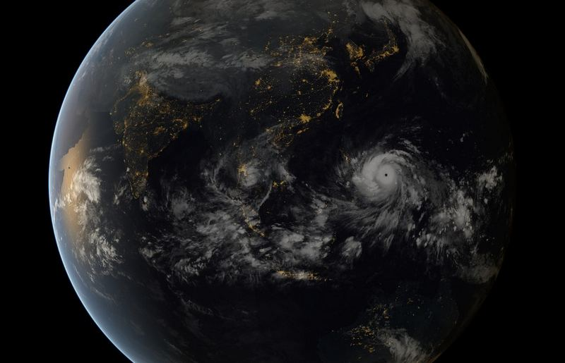 Super Typhoon Haiyan (1)